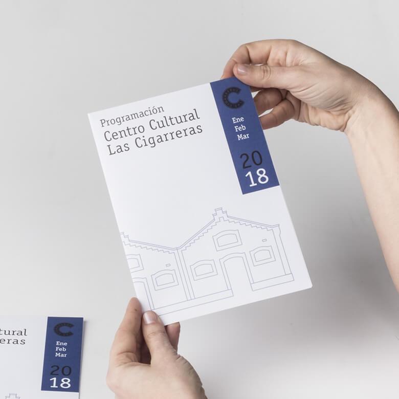 Asesoramos sobre formatos para tus flyers, dípticos...
